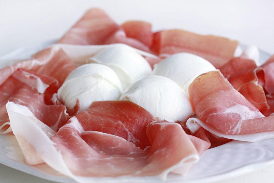 Prosciutto crudo di Parma e mozzarella di bufala